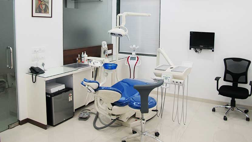 nanda dental care treatment room