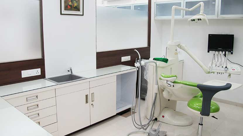 nanda dental consulting room-3