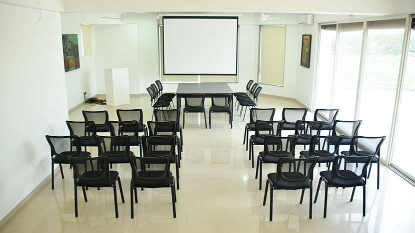 nanda dental care conference room-1
